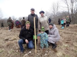 100 ozolu meža stādīšana Lūznavā_49