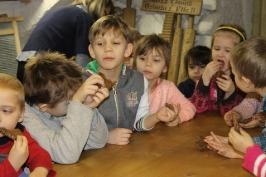 Lūznavas un Ozolaines pagastu bērnudārza audzēkņi apmeklē muzeju Rēzeknē 22.02.2017._26
