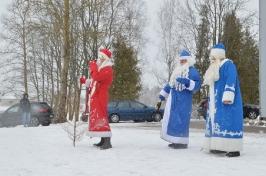 Senioru deju kolektīvs LŪZNAVA piedalījās Meteņdienas pasākumā Ozolaines pagastā 26.02.2017._13