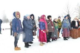 Senioru deju kolektīvs LŪZNAVA piedalījās Meteņdienas pasākumā Ozolaines pagastā 26.02.2017._19