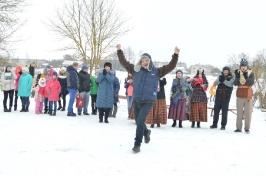 Senioru deju kolektīvs LŪZNAVA piedalījās Meteņdienas pasākumā Ozolaines pagastā 26.02.2017._37